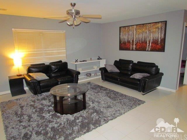 72952 30th Avenue, Thousand Palms, CA 92276 (#218000634DA) :: Realty Vault