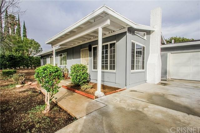 9542 Gierson Avenue, Chatsworth, CA 91311 (#SR18013239) :: The Brad Korb Real Estate Group
