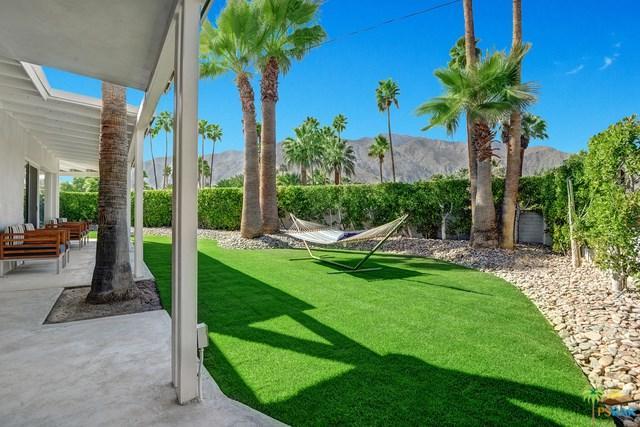 1022 E Granvia Valmonte, Palm Springs, CA 92262 (#18310974PS) :: The Darryl and JJ Jones Team
