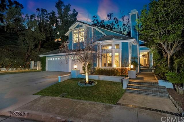 25692 Nottingham Court, Laguna Hills, CA 92653 (#OC18032769) :: Doherty Real Estate Group