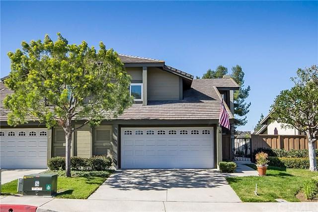 27 Carriage Hill Lane, Laguna Hills, CA 92653 (#OC18041039) :: Teles Properties   A Douglas Elliman Real Estate Company