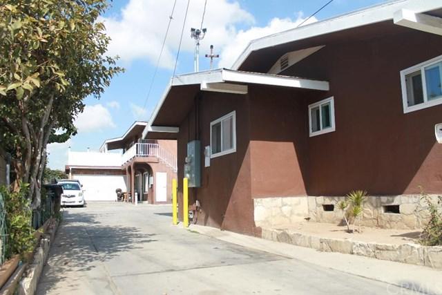 3533 W 108th Street #2, Inglewood, CA 90303 (#SB18046396) :: The Darryl and JJ Jones Team