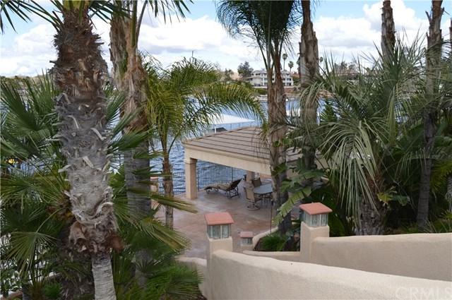 22320 Village Way Drive, Canyon Lake, CA 92587 (#SW18058806) :: Impact Real Estate