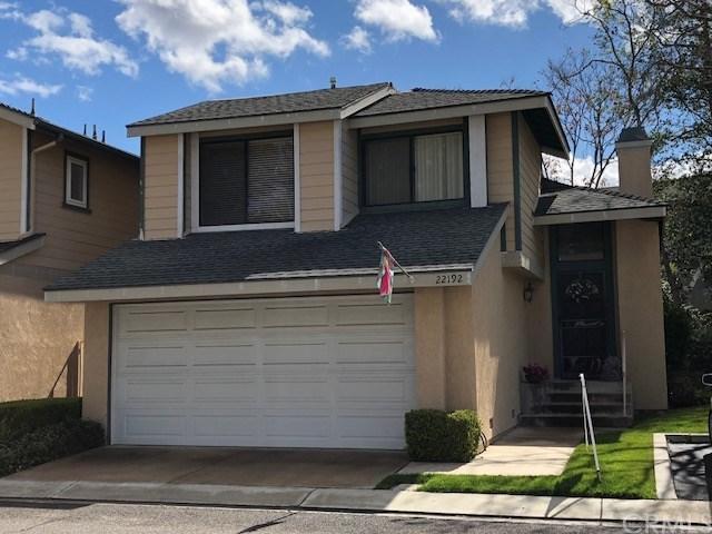 22192 Newbridge Drive #8, Lake Forest, CA 92630 (#OC18060585) :: DiGonzini Real Estate Group