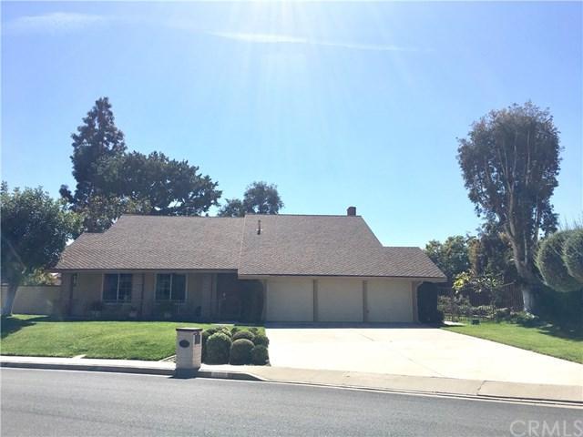 19332 Gateway Drive, North Tustin, CA 92705 (#PW18060748) :: Realty Vault