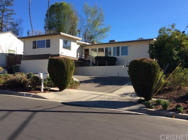 18218 Rosita Street, Tarzana, CA 91356 (#SR18061424) :: Fred Sed Realty