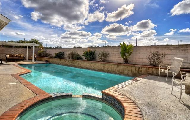 18282 Fieldbury Lane, Huntington Beach, CA 92648 (#OC18061735) :: DiGonzini Real Estate Group