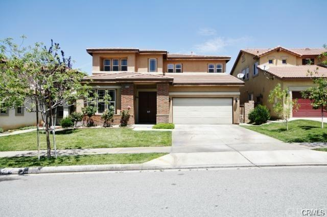 34326 Forest Oaks Drive, Yucaipa, CA 92399 (#IV18062239) :: RE/MAX Empire Properties