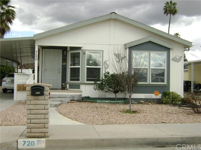 720 S Lyon Avenue, Hemet, CA 92543 (#SW18061766) :: Allison James Estates and Homes