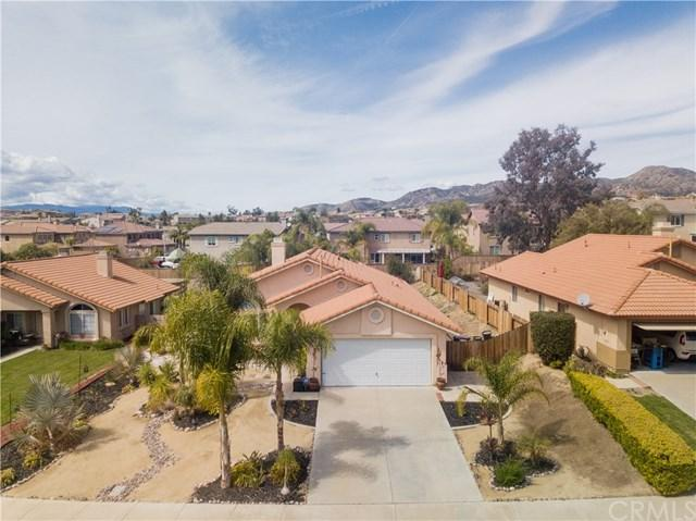 40443 Crystal Aire Court, Murrieta, CA 92562 (#SW18062365) :: RE/MAX Masters