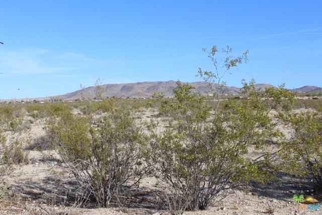 0 Serrano Way, 29 Palms, CA 92277 (#18328286PS) :: Barnett Renderos