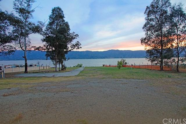 1404 W Lakeshore, Lake Elsinore, CA 92530 (#SW18078104) :: Kristi Roberts Group, Inc.