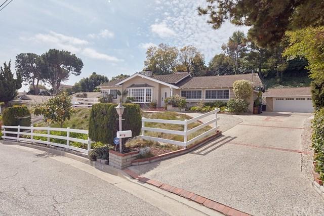 2220 Potrillo Rd, Rolling Hills Estates, CA 90274 (#PV18078169) :: Barnett Renderos