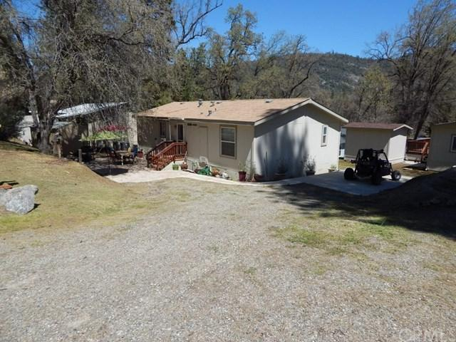 43555 Highway 41 A11, Oakhurst, CA 93644 (#FR18082477) :: Kristi Roberts Group, Inc.