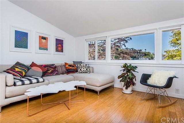 3911 Fernwood Avenue, Los Feliz, CA 90027 (#SB18069822) :: Kristi Roberts Group, Inc.