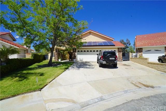 21205 Georgetown Drive, Saugus, CA 91350 (#SR18091469) :: The Brad Korb Real Estate Group