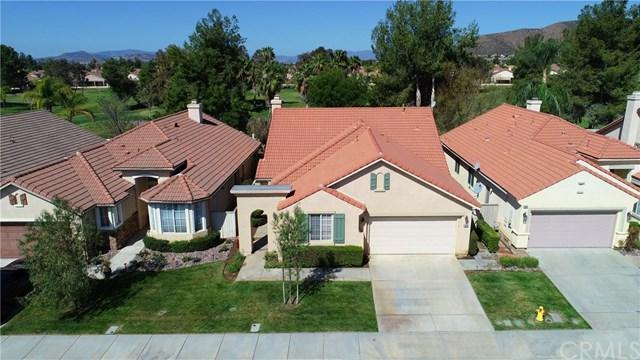 29293 Hidden Lake Drive, Menifee, CA 92584 (#SW18055395) :: Barnett Renderos