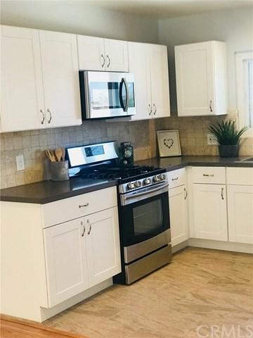 611 E Kelso Street #17, Inglewood, CA 90301 (#RS18116872) :: Z Team OC Real Estate