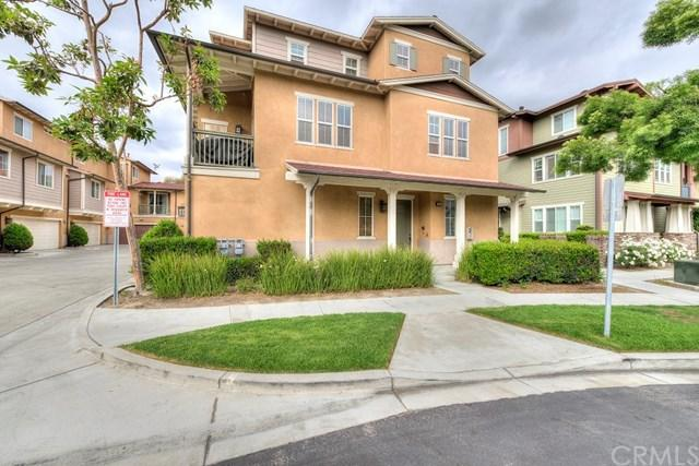 150 Liberty Street, Tustin, CA 92782 (#PW18118491) :: Berkshire Hathaway Home Services California Properties
