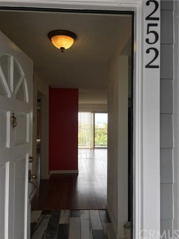 1424 Brett Place #252, San Pedro, CA 90732 (#SB18059726) :: Barnett Renderos