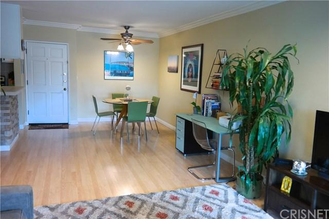 18307 Burbank Boulevard #331, Tarzana, CA 91356 (#SR18123350) :: Fred Sed Group