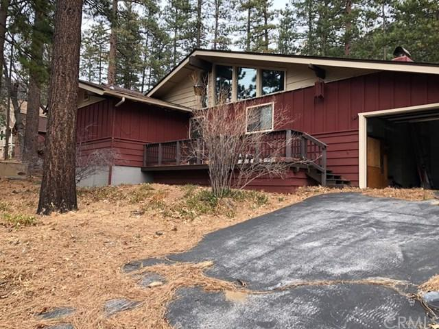 25226 Rim Rock Road, Idyllwild, CA 92549 (#IV18133726) :: Fred Sed Group