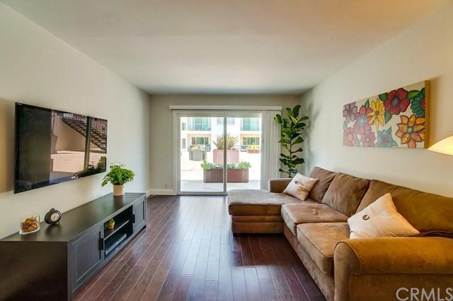 1600 Ardmore Avenue #108, Hermosa Beach, CA 90254 (#WS18141271) :: Go Gabby