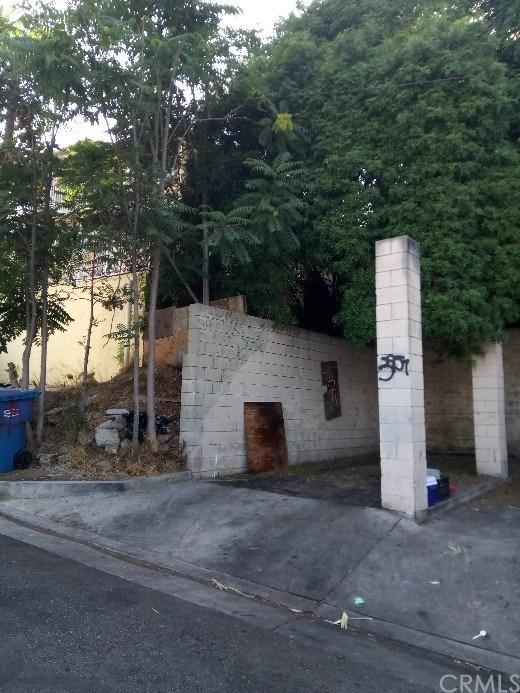 3957 Dwiggins Street, City Terrace, CA 90063 (#OC18120283) :: Z Team OC Real Estate