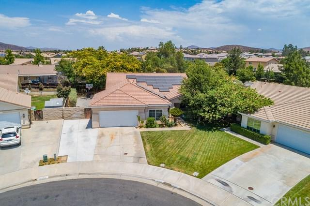 31999 Crecy Drive, Winchester, CA 92596 (#SW18170610) :: Kristi Roberts Group, Inc.