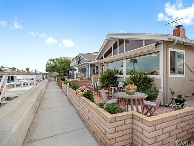 213 Grand Canal, Newport Beach, CA 92662 (#NP18169745) :: Kristi Roberts Group, Inc.