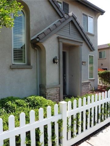 27644 Peppergrass Court, Murrieta, CA 92562 (#SW18162310) :: Kristi Roberts Group, Inc.