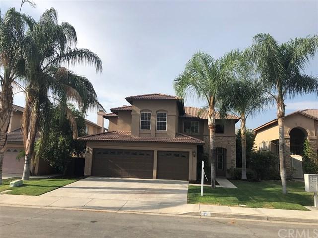 25 Bella Donaci, Lake Elsinore, CA 92532 (#SW18172779) :: Provident Real Estate