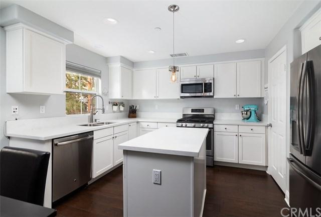 47 Platinum Circle, Ladera Ranch, CA 92694 (#OC18172785) :: Z Team OC Real Estate