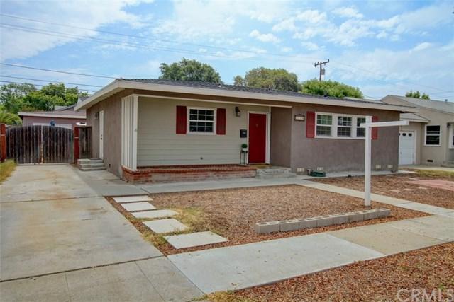 2220 Stanbridge Avenue, Long Beach, CA 90815 (#RS18173556) :: Scott J. Miller Team/RE/MAX Fine Homes