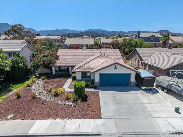 31015 Lausanne Street, Lake Elsinore, CA 92530 (#SW18175814) :: RE/MAX Masters