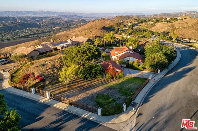 1061 Wildwood Avenue, Thousand Oaks, CA 91360 (#18368416) :: The Costantino Group | Cal American Homes and Realty