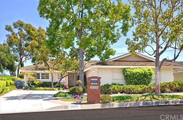 26206 Grayslake Road, Rancho Palos Verdes, CA 90275 (#PV18187433) :: Millman Team