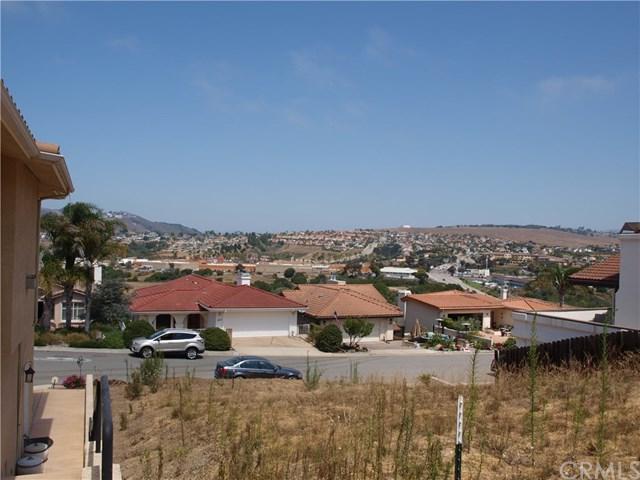 858 N 5th Street, Grover Beach, CA 93433 (#PI18197170) :: Pismo Beach Homes Team