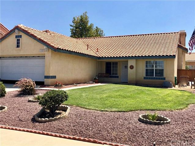13257 Blue Mesa Court, Victorville, CA 92392 (#CV18202899) :: RE/MAX Masters