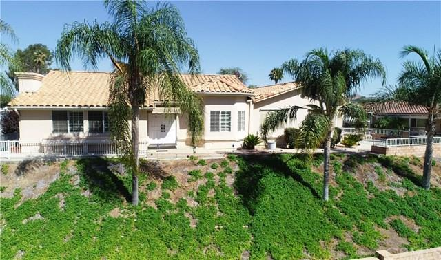 22560 Blue Teal Drive, Canyon Lake, CA 92587 (#SW18216342) :: Lloyd Mize Realty Group