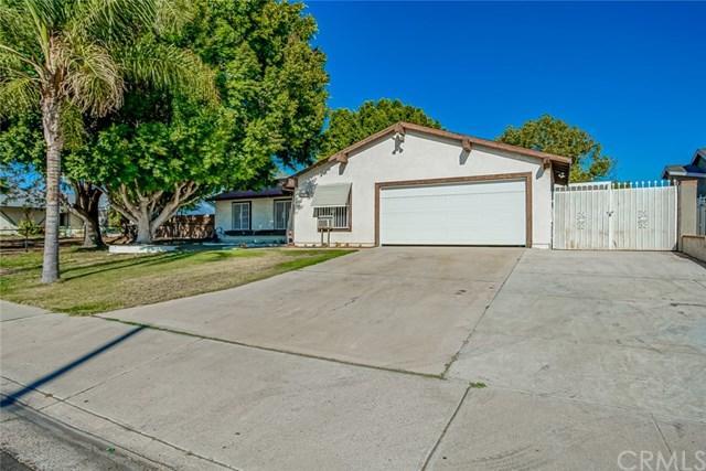 1103 S Larch Avenue, Bloomington, CA 92316 (#IV18220521) :: The Laffins Real Estate Team