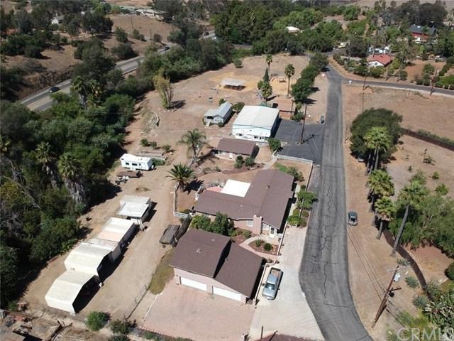 3343 E Vista Way, Vista, CA 92084 (#ND18216865) :: Team Tami