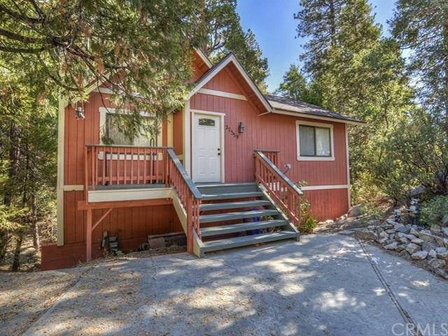 27359 Alpen Drive, Lake Arrowhead, CA 92352 (#EV18226372) :: Team Tami