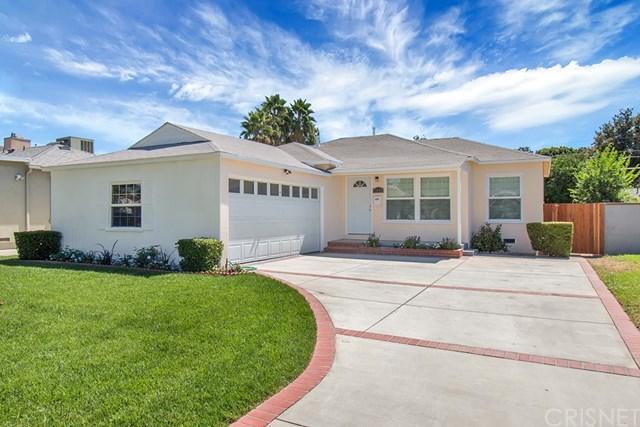 17626 Haynes Street, Van Nuys, CA 91406 (#SR18226405) :: The Laffins Real Estate Team