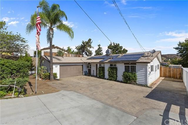 12298 Linroe Drive, Lakeside, CA 92040 (#SW18227062) :: Fred Sed Group
