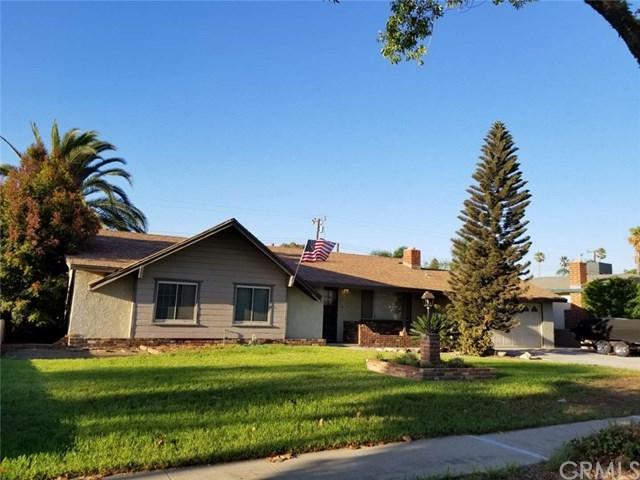 17028 Hibiscus Street, Fontana, CA 92335 (#DW18229130) :: The Laffins Real Estate Team