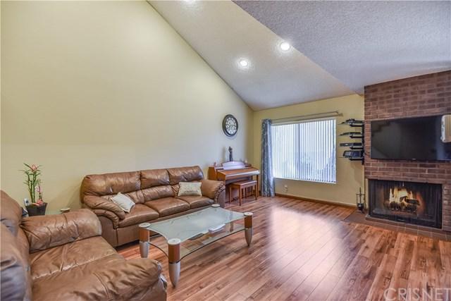 15050 Sherman Way #230, Van Nuys, CA 91405 (#SR18229222) :: The Laffins Real Estate Team
