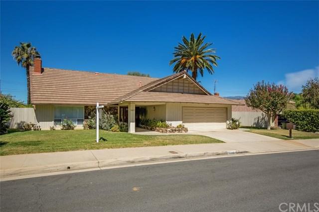 1481 Pleasantview Drive, Redlands, CA 92374 (#EV18225498) :: The DeBonis Team