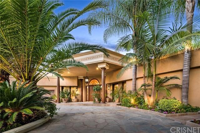 19800 Santa Rita Street, Woodland Hills, CA 91364 (#SR18230125) :: RE/MAX Innovations -The Wilson Group