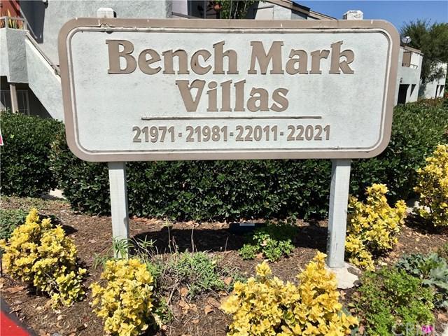 21981 Rimhurst Drive K (150), Lake Forest, CA 92630 (#OC18230756) :: Berkshire Hathaway Home Services California Properties
